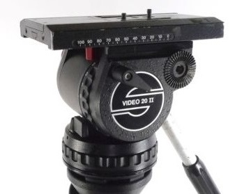 Sachtler Video 20 II Tripod System for rent.